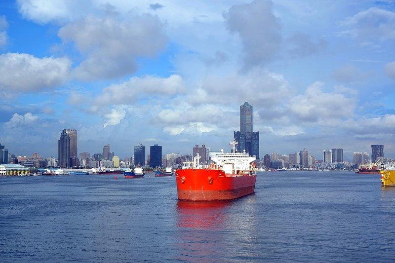 053474063-large-red-oil-tanker-leaves-ka.jpg