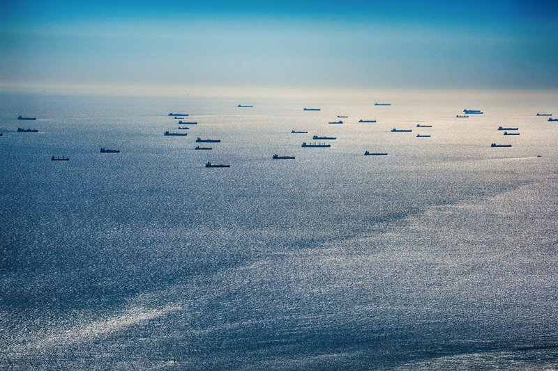 Large-Group-of-Oil-Tankers